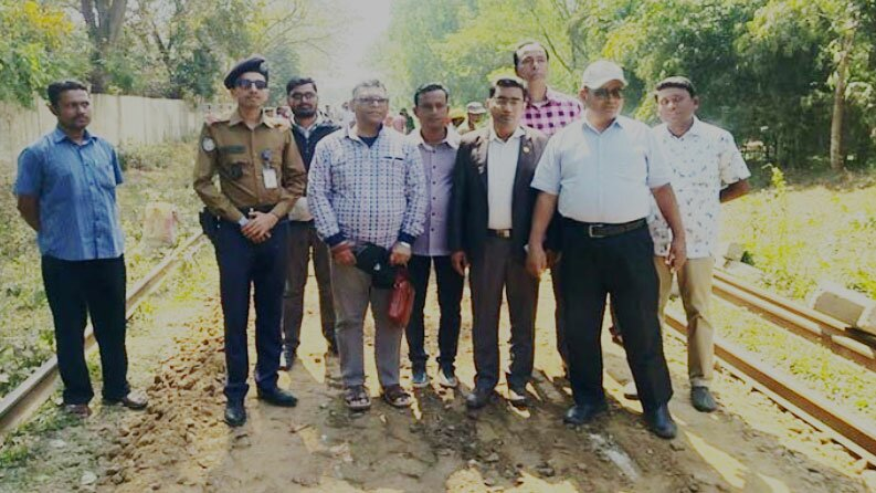 The secretary of the ministry has ordered the Chittagong University Rail Road to be completed soon.